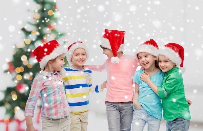 Christmas game for kids: scavenger hunt